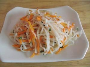 Easy Diakon Salad