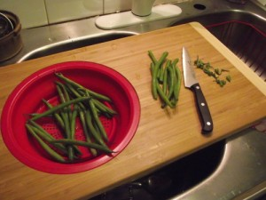 Silicon Strainer and Cutting Board